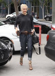 Gwen Stefani Punk Good Eyebrows And Musicians