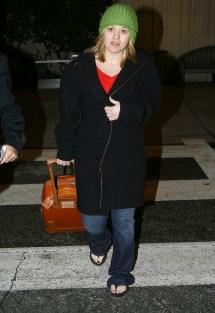 Kelly Clarkson Barefoot - Bing