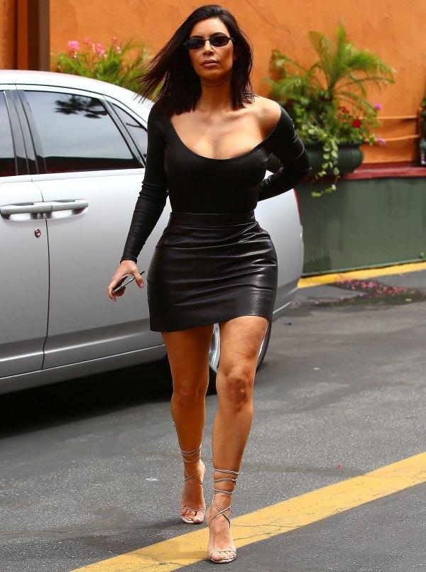 Kim Kardashian West' Feet Wikifeet