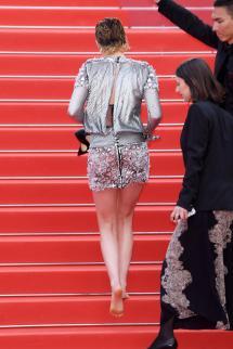 Cannes Kristen Stewart Barefoot