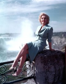 Marilyn Monroe Niagara Falls