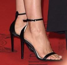 Miranda Lambert Toes