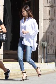 Selena Gomez' Feet