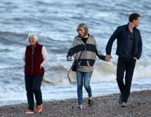 Tom Hiddleston and Taylor Swift Beach