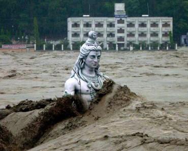 Lord-Shiva-Statue-in-Ganga-River-Floods-Best-Beautiful-HD-Wallpaper