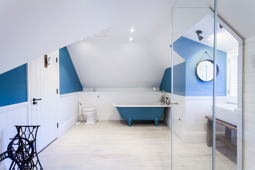 Salle Bains Sous Combles Bleu Blanc