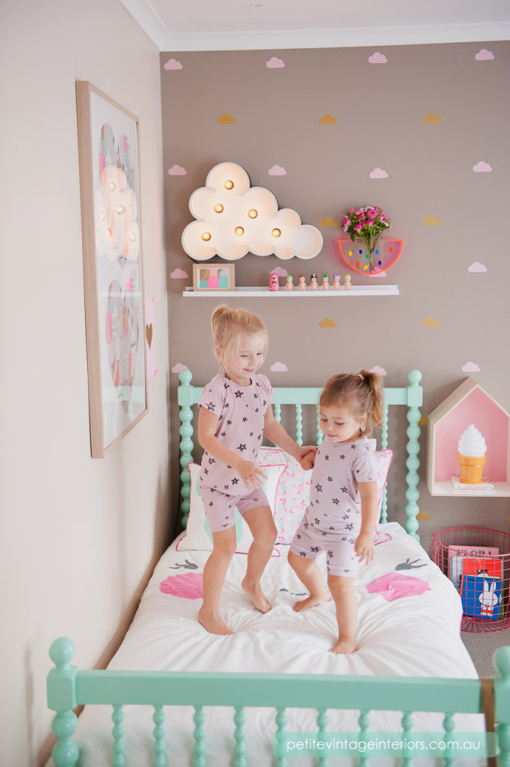 chambre coloree pour petite fille