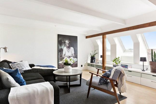 Appartement Sous Combles Avec Poutres Apparentes Picslovin