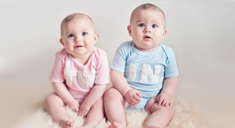 Beautiful Twin Baby Wallpaper