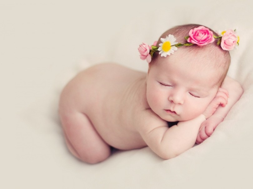 Cute Baby Sleeping Wallpaper