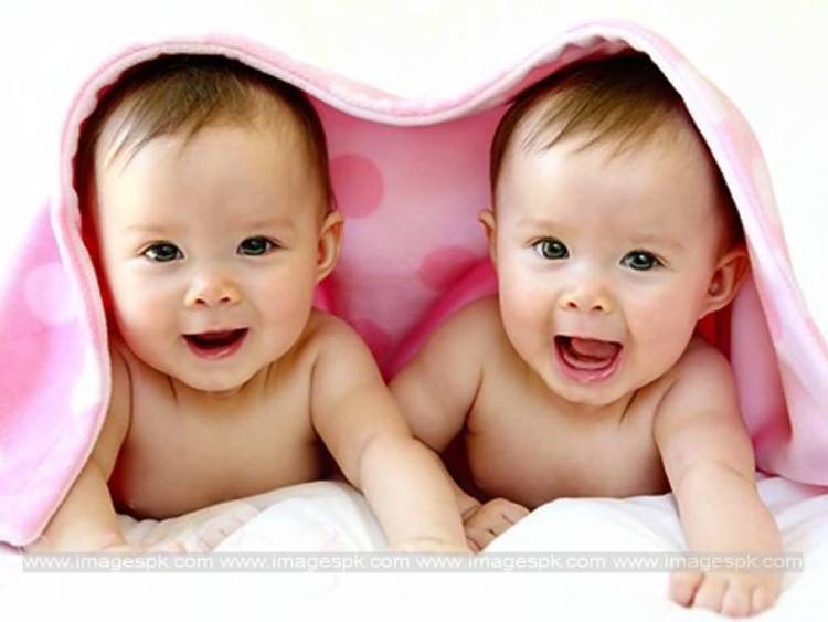 Cute Twins Baby Image