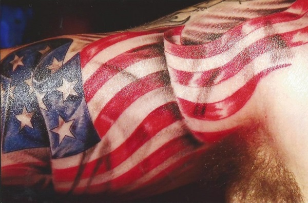 Lovley Red And Blue Ink American Flag 3d Animated Tattoo On Men Biceps