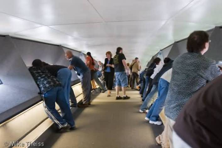Many People Inside The Gateway Arch