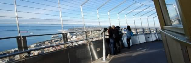 Nice Observation Deck Of Space Needle Inside View For Wallpaper