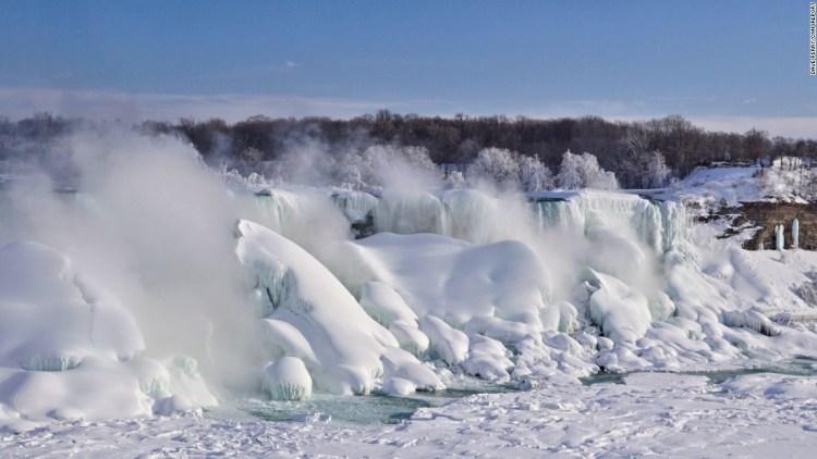 Sweet Niagara Falls With White Snow