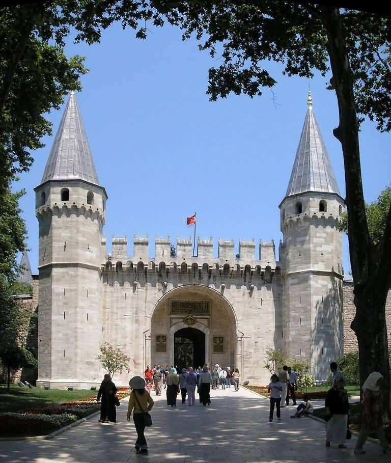 The Beautiful Topkapi Palace In Main Enterance Gate Of Salution Photo