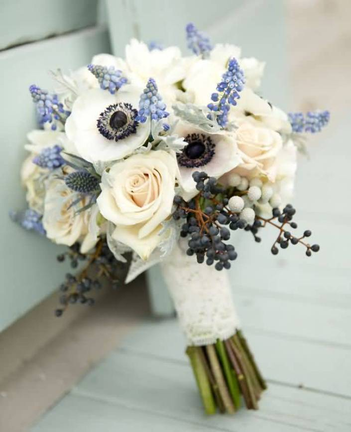 Wonderful White Anemone Flower Rose Bouquet For Gift