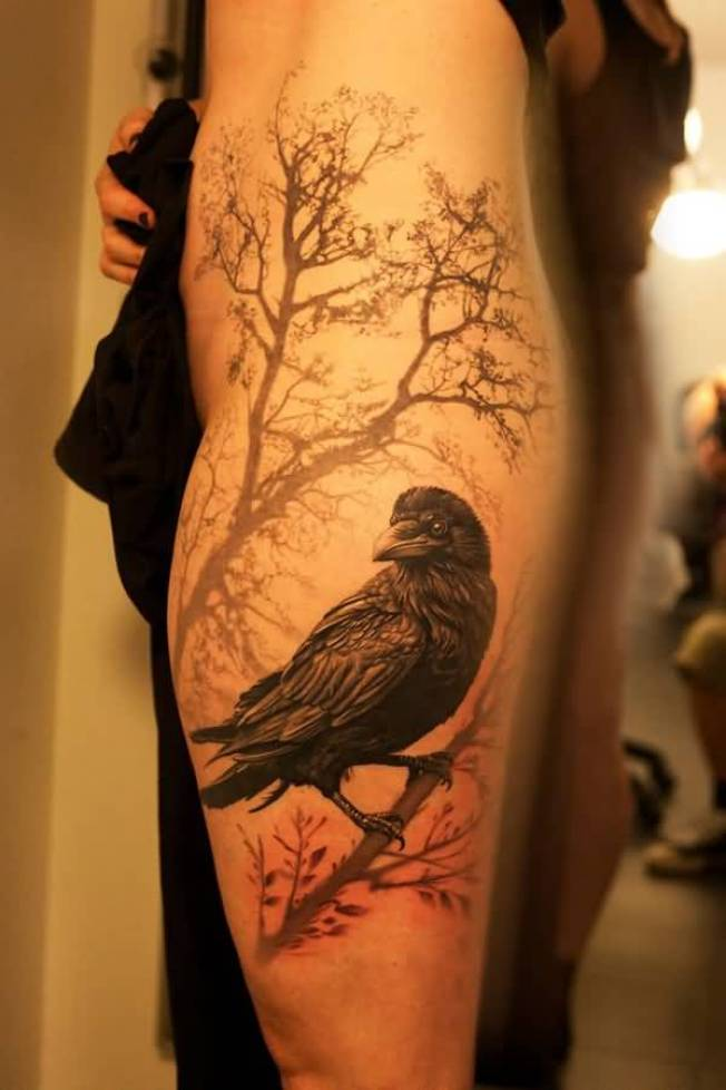 coolest Raven tattoo on leg with Black ink For Man And Woman
