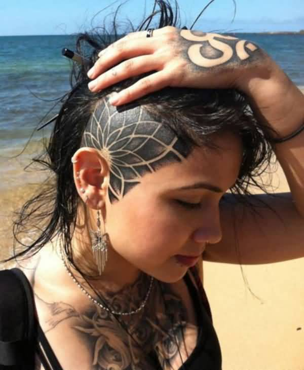 incredible tattoo on the head With Black ink For Man And Woman (2)