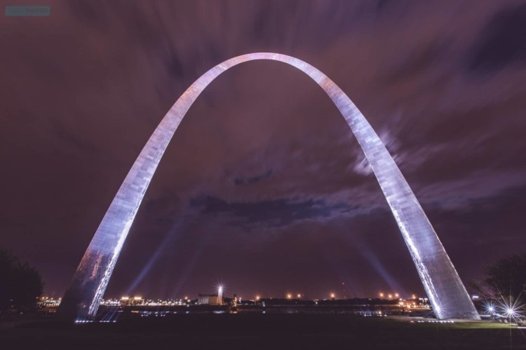 Most Beautiful Sky And Front View Of The Gateway Arch At Night And Best Combination Light