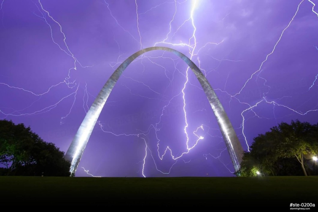 Out Standing The Gateway Arch At Night Lightning On Sky