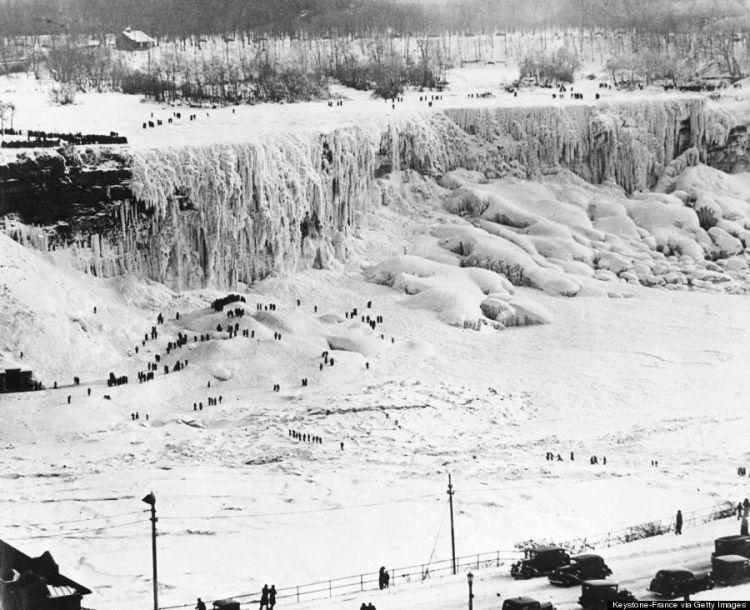 Popular The Frozen Niagara Falls In Many Visitors