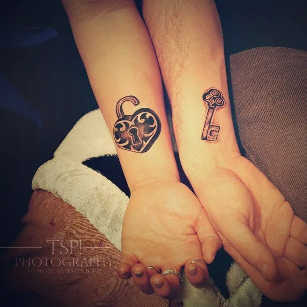 Awesome Black Color Ink Love Tattoo For Couples Tattoo Fans