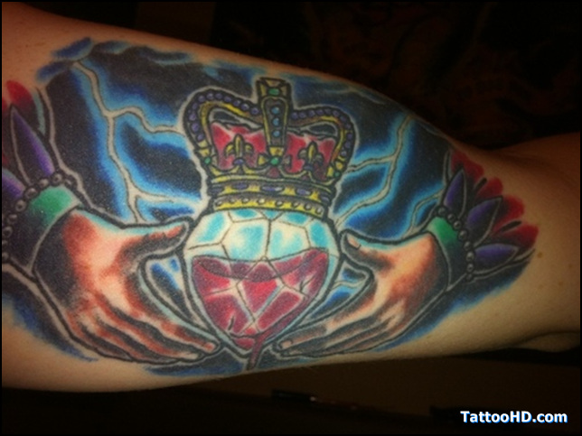 Crazy Blue Red And Black Color Ink Claddagh Ring Tattoo For Girls