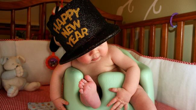 Funny Baby Wishes Happy New Year Image