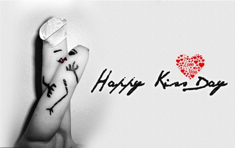 Happy Kiss Wishes Beautiful Wallpaper