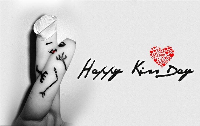Happy Kiss Wishes Beautiful Wallpaper