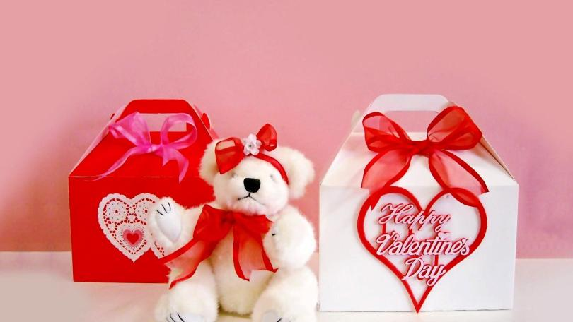 Happy Valentine Day Teddy Image