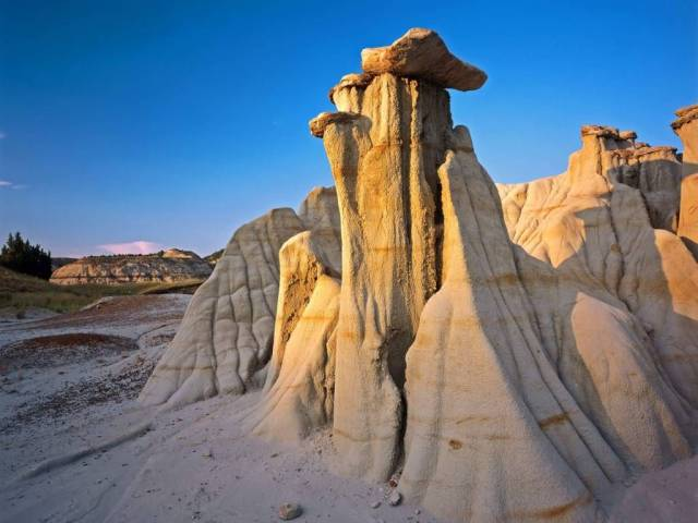 Inspirational Badlands Formations Theodore Roosevelt National Park North Dakota 4K Wallpaper