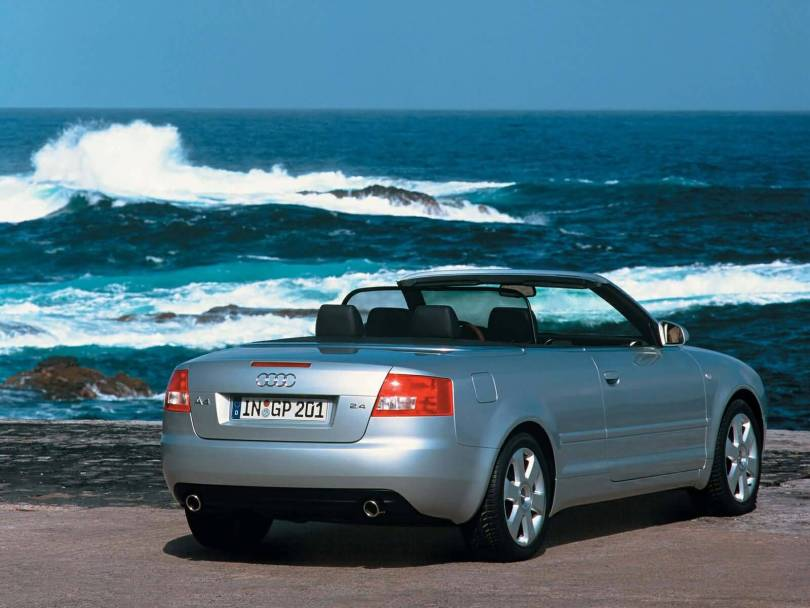 Mind Blowing look Audi A4 Cabriolet car