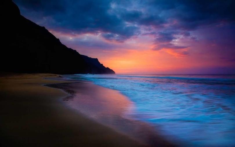 Phenomenal Beach Photography At Night 4K Wallpaper