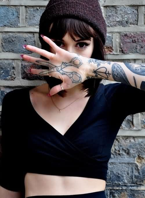 Sexy Hand scissor Tattoos For Women