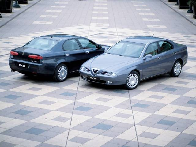 Two beautiful Alfa Romeo 166 Car