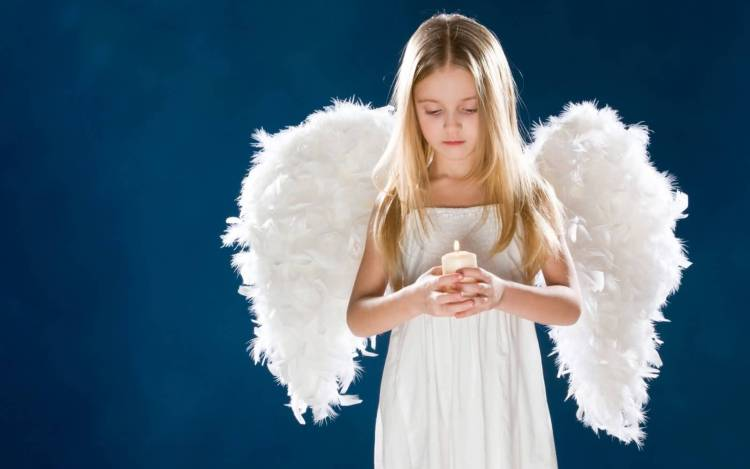 Very Beautiful Girl With White Wings Full HD Wallpaper