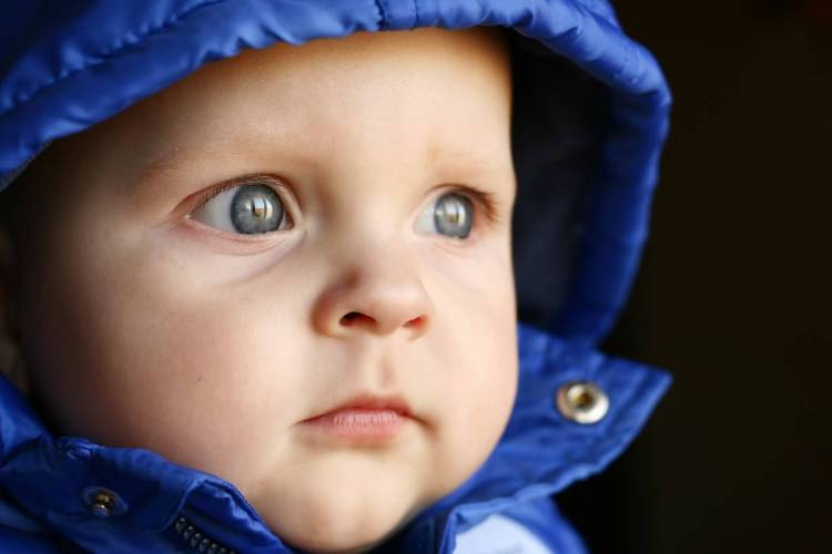 Very Cute Baby With Amazing Eyes Full HD Wallpaper