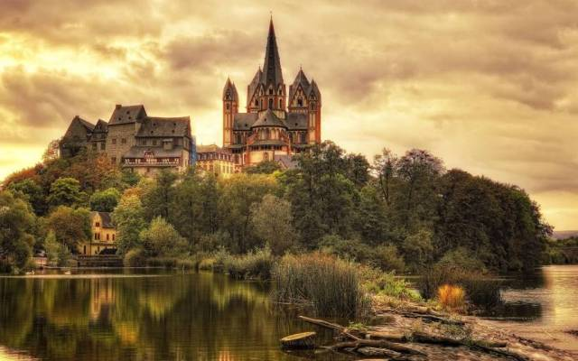Wonderful Cathedral Of Limburg Full HD Wallpaper