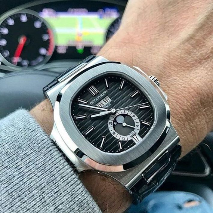 Wonderful Silver Black Dial Patek Philippe With Date And Month
