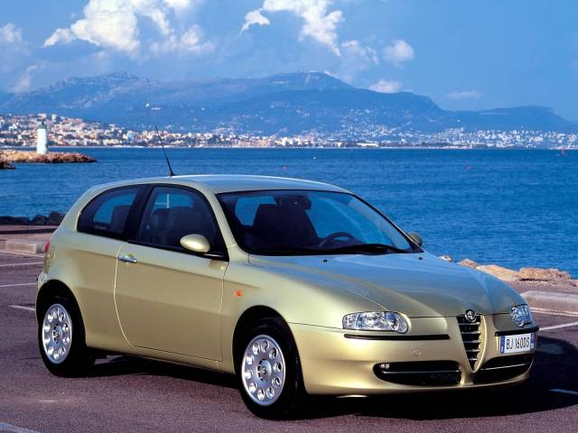 Wonderful Alfa Romeo 147 Car on the road