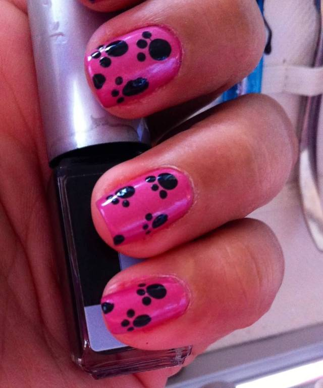 Amazing Black And Pink Nails With Animal Paw Design