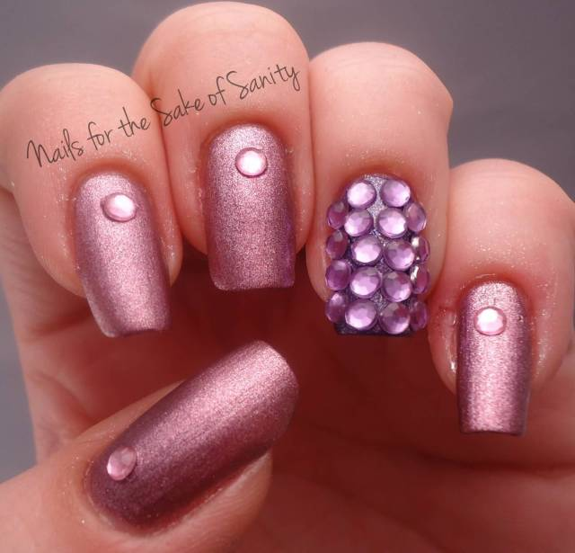 Awesome Sparkle Nail Paint With Stones Accent Nail Art