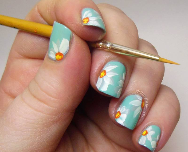 Cutest Blue Nail Art With White Ink