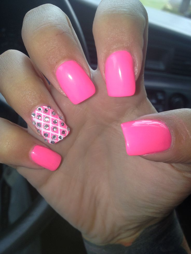 Cutest Pink Color Nail Paint With Rhinestones 3D Acrylic Nail Art