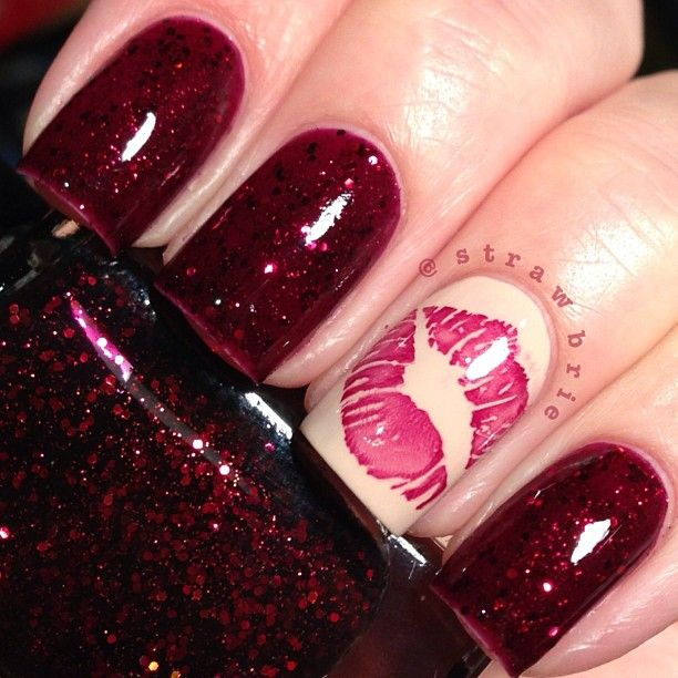 Dashing Red And Pink Lips Accent Nail Design