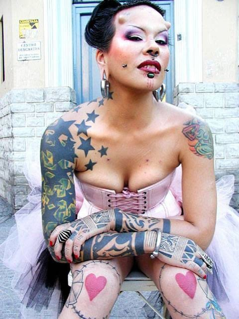 Elegant Extreme Piercing n Body Modifications Tattoo For Women