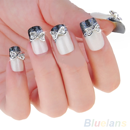 Fabulous Silver Ribbon Nail Art In 3D Nail Art