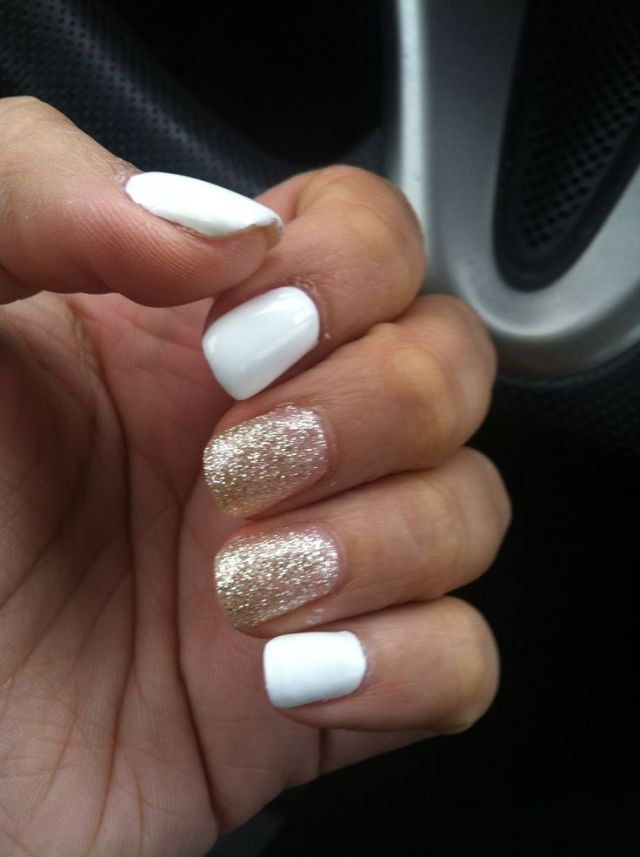 Golden Sparkle color With White Glitter Accent Nail Art